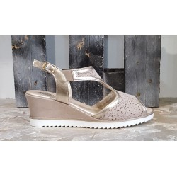 Chaussures compensées femme Confort taupe beige