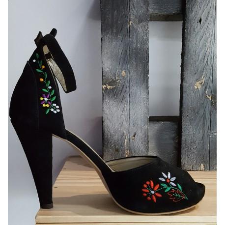 Chaussures femme àlinha noir rouge